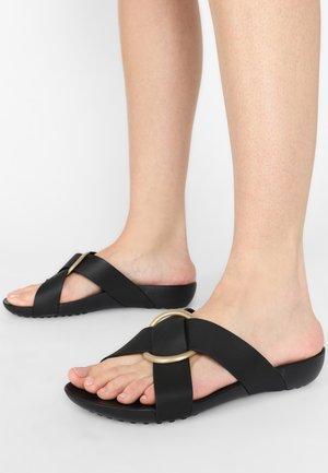 SERENA - Sandály do bazénu - black