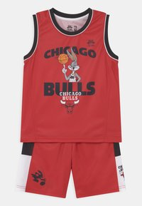 Outerstuff - SPACE JAM NBA CHICAGO BULLS TEAM ZONE DEFENSE SET UNISEX - Pelipaita - red - 0