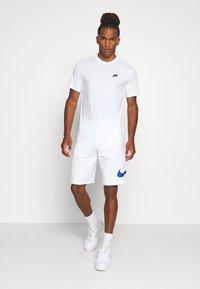 Nike Sportswear - Trainingsbroek - white - 1