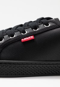 Levi's® - MALIBU BEACH - Trainers - regular black - 2