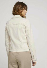 TOM TAILOR DENIM - RIDERS  - Denim jacket - light beige - 2
