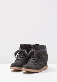 Pavement - VIBE - Ankle boots - dark grey - 3