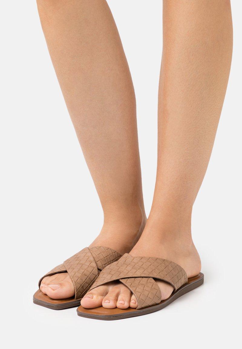 Call it Spring - BAILIA - Sandaler - beige