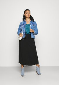 NU-IN - BUTTON UP MIDI SKIRT - A-line skirt - black - 1