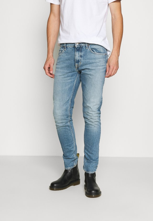 PISTOLERO - Straight leg jeans - light blue
