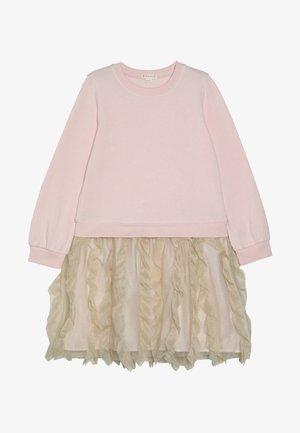 PENNY FRANCO DRESS - Denní šaty - pink/gold shimmer
