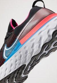 Nike Performance - REACT INFINITY RUN FK - Juoksukenkä/neutraalit - black/white/red orbit/photo blue/pink blast - 5