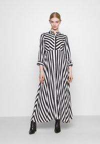 YAS - YASSAVANNA LONG DRESS - Maksimekko - black/ white stripes - 0