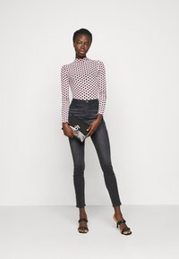 Missguided Tall - SINNER HIGHWAISTED CLEAN  - Jeans Skinny Fit - black - 1