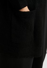 CAPSULE by Simply Be - ELEVATED ESSENTIALS  - Cardigan - black - 5