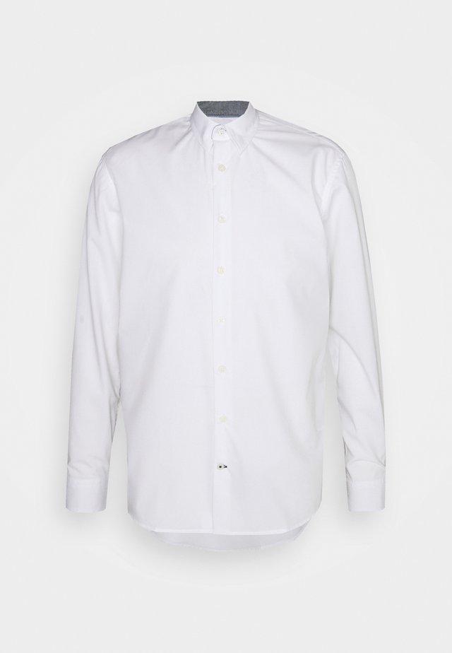 JOHAN EASY CARE  - Chemise classique - white