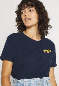 Hollister Co. - Basic T-shirt - navy - 3