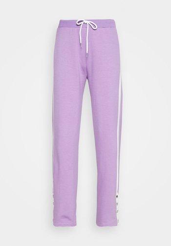 Pantalones deportivos - lila