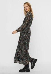Vero Moda - Maxi dress - black - 2