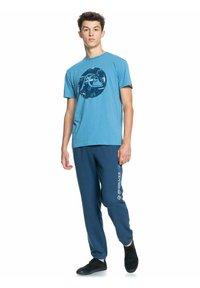 Quiksilver - BUBBLE JAM  - Print T-shirt - blue heaven - 1