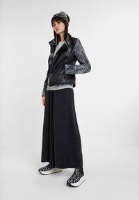 Desigual - OLAF - Light jacket - black - 1