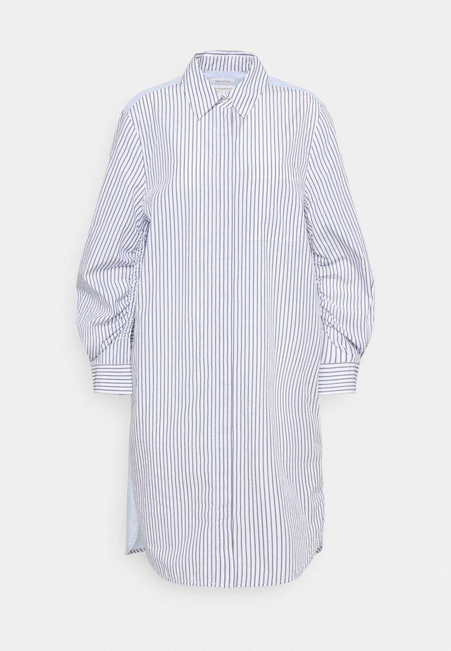 DRESS CHEST POCKET STRIPE PATCH HIDDEN BUTTONS - Sukienka koszulowa - off-white