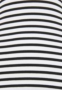 Marc Cain - Print T-shirt - black - 2
