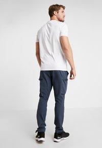 Your Turn Active - T-shirt imprimé - white - 2