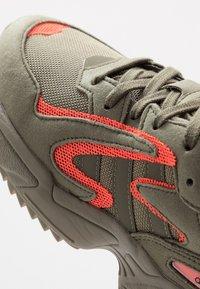 adidas Originals - YUNG-96 CHASM TRAIL - Sneakers - raw khaki/solar red - 5