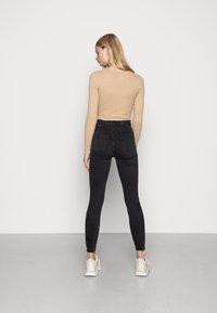 Noisy May - NMAGNES SKINNY - Jeans Skinny Fit - black denim - 2