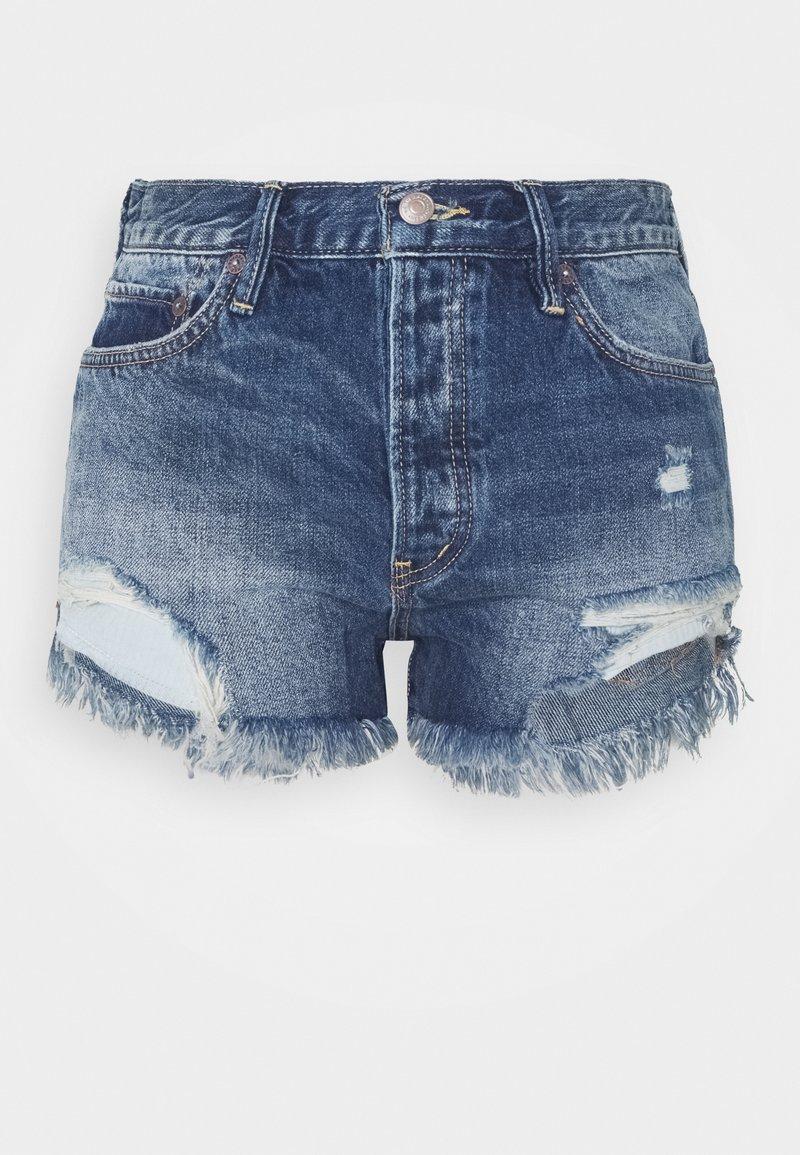 Free People - LOVING GOOD VIBRATIONS - Denim shorts - dark blue denim