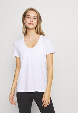 BREATHE NECK TEE - Camiseta básica - optic white