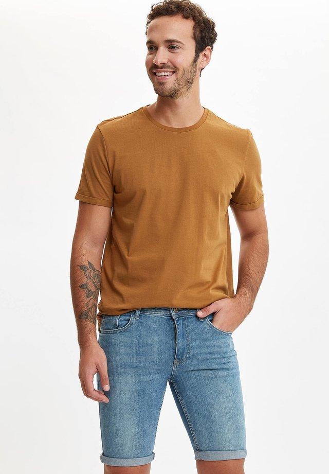 Jeansshort - brown
