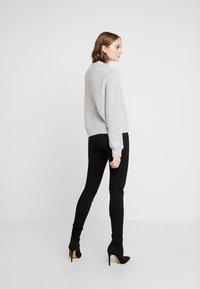 Even&Odd - Strikkegenser - light grey melange - 2