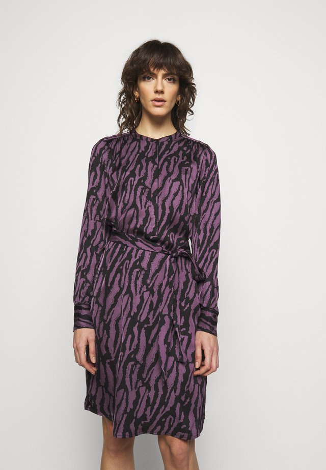 TREE DRESS - Shirt dress - purple