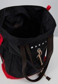 Marni - Shopping bag - black/red/brown - 5