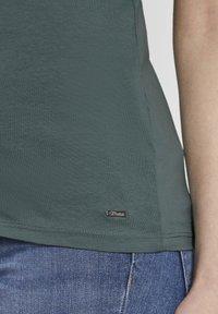 TOM TAILOR DENIM - Print T-shirt - mineral stone blue - 4