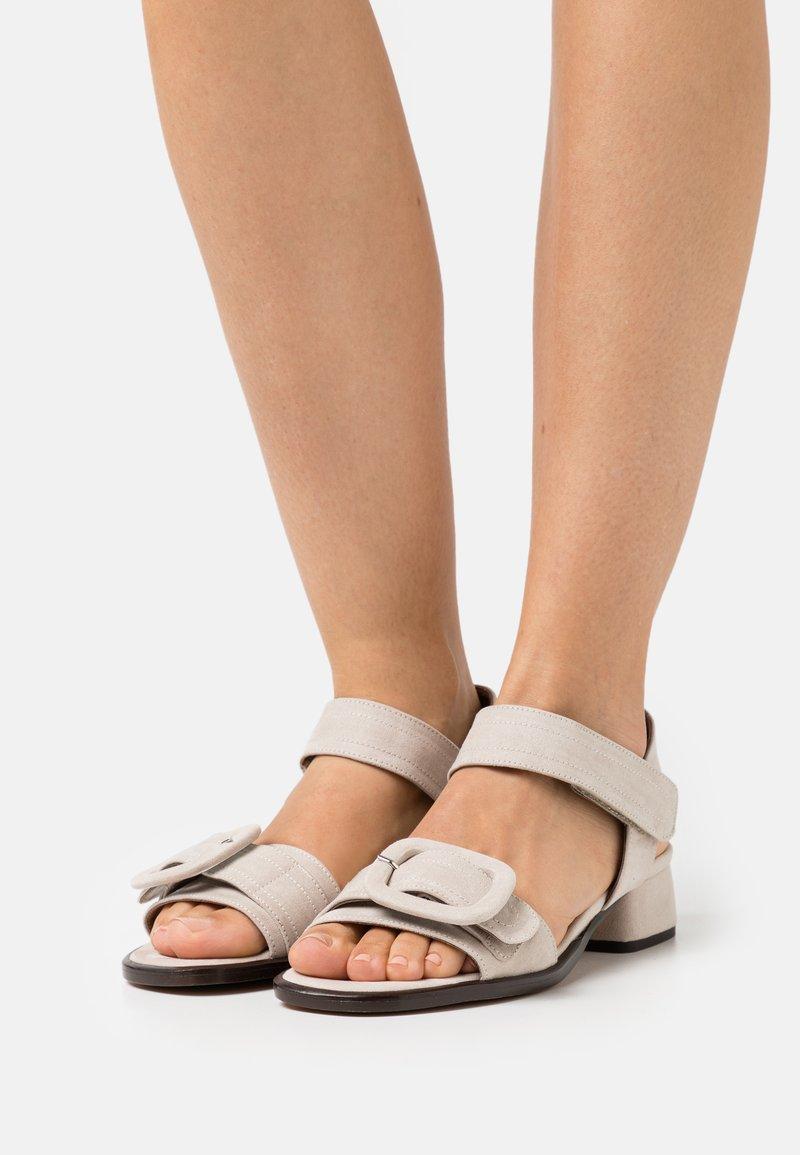 MIREIA PLAYÀ - JANET - Sandaler - taupe