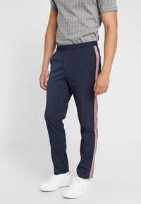 Burton Menswear London - TEXTURED SIDE TROUSER - Trousers - navy - 0