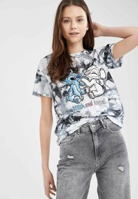 DeFacto - DISNEY STITCH - T-shirt con stampa - white/black - 3