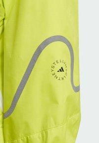adidas by Stella McCartney - ADIDAS BY STELLA MCCARTNEY TRUEPACE TWO-IN-ONE JACKET - Training jacket - yellow - 2