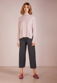 pure cashmere - LOOSE FIT PANTS - Trousers - graphite - 1
