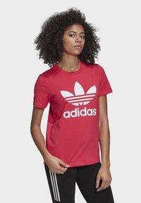 adidas Originals - TREFOIL T-SHIRT - Print T-shirt - pink - 2