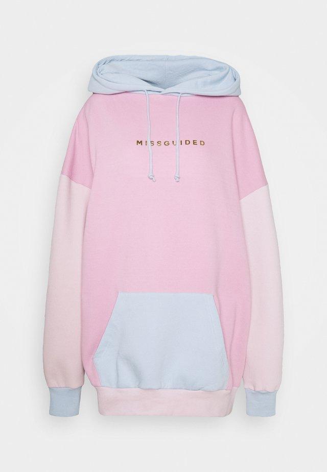 BRANDED COLOUR BLOCK HOODY DRESS - Kjole - multi
