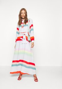 Who What Wear - BELTED DRESS - Maxi dress - multicolor - 1