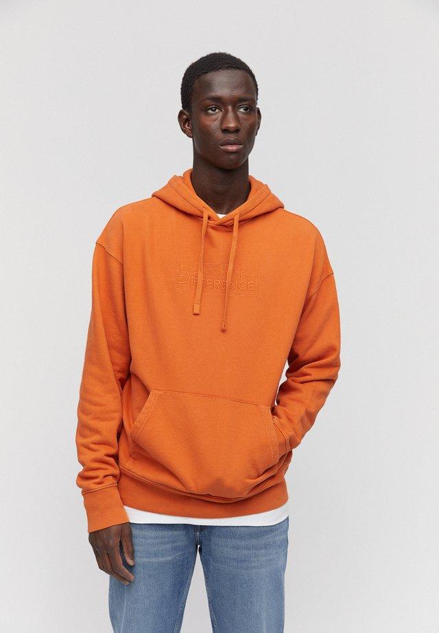 FAADRI DIFFERENCE - Hoodie - dark orange