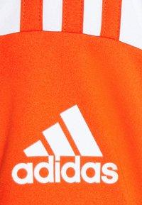 adidas Performance - SQUAD 21 - T-shirt z nadrukiem - teaora/white - 6
