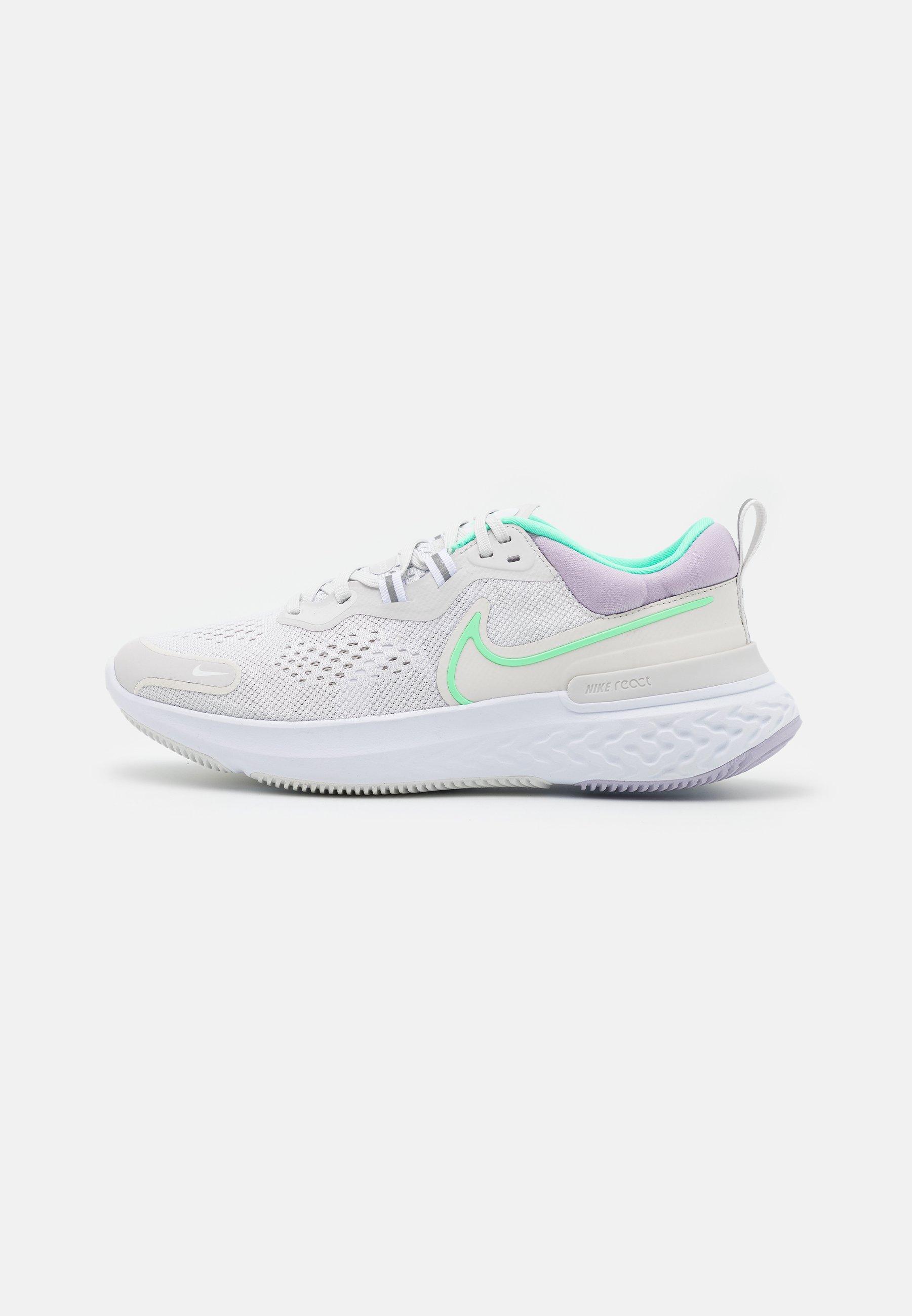 Women REACT MILER 2 - Neutral running shoes