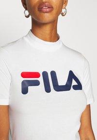 Fila Tall - EVERY TURTLE TEE - T-shirt print - bright white - 5