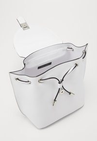 New Look - FOSTER BACKPACK - Rucksack - white - 2
