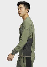 adidas Performance - PRIME COLD.RDY TOP CREW SWEATSHIRT - Sudadera - green - 1
