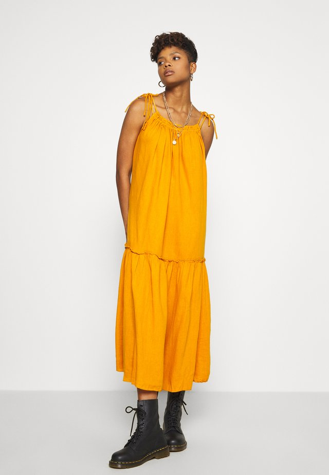 RAIA PLAIN - Robe longue - curry