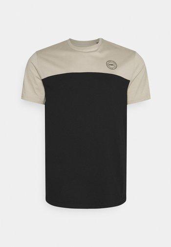NEW YORK LONGLINE SCOOP TEE - T-shirt med print - putty