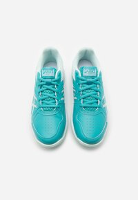 ASICS - COURT SLIDE - Tenisové boty na všechny povrchy - techno cyan/bio mint - 3