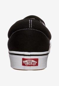 Vans - COMFYCUSH - Sneakers laag - black/true white - 3
